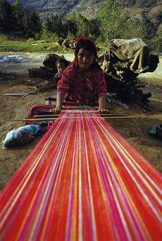 Weaver, San Juan Atitan, Guatemala