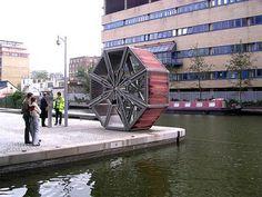 Rolling Bridge - Heatherswick - Londres  pont mesurant 12 mètres de long qui se plie et déplie sur lui même en quelques minutes.
