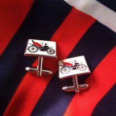 #vintage #cufflinks #fashion #old #car #automobile #red #man #accessories #spinki #mankiet