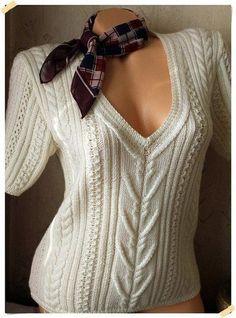 Белый пуловер с коротким рукавом