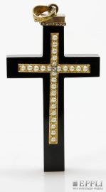 "Pendant ""Cross"", antique, onyx with gold set with diamonds and roses Half Pearls. Starting price: € 480.00"