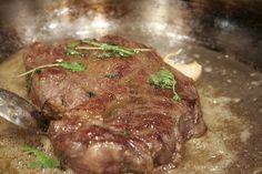 Škola varenia pre mäsožravých: Triky a finty ako pripraviť lahodný steak -.......... https://varecha.pravda.sk/magazin/skola-varenia-pre-masozravych-triky-a-finty-a/11918-clanok.html