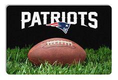 New England Patriots Classic NFL Football Pet Bowl Mat - L