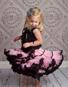 Cheap tutus, petti's, etc Cute Outfits For Kids, Cute Kids, Girly Girl, My Girl, Kid Styles, Facon, Little Princess, Baby Headbands, Kids Fashion