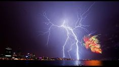Amazing+Pictures+Nature+Lightning | Amazing Nature Lightning Man vs nature, amazing nature,