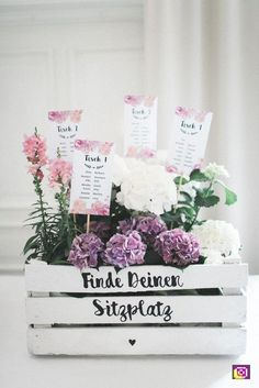 DIY Vintage Wedding with Whiskey Bar - Sara Engis Photography - Miss K. Saying . DIY Vintage Hochzeit mit Whiskybar – Sara Engis Fotografie – Miss K. Saying … … DIY Vintage Wedding with Whiskey Bar – Sara Engis Photography – Miss K. Saying … Wedding Blog, Diy Wedding, Wedding Ceremony, Wedding Flowers, Wedding Day, Wedding Venues, Wedding Tables, Wedding Photos, Vintage Diy