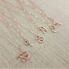 Initial Necklace, Rose Gold Initial Pendant, Disney Font Jewelry Gifts for Adults, Disney Style Font Rose Gold Initial Necklace, Gold Initial Pendant, Initial Necklaces, Disney Necklace, Disney Jewelry, Cadeau Disney, Style Disney, Birthday Gifts For Teens, Teen Birthday
