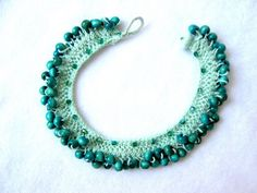 Boho Jewelry, Jewelry Crafts, Crochet Earrings, Beaded Necklace, Hair Pins, Turquoise Bracelet, Diy And Crafts, Chokers, Knitting