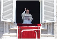 Pope Angelus: Listen and offer welcome to one another