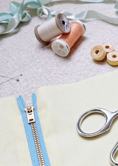 Exposed zipper insertion is easy with this tutorial at WeAllSew. Use this technique to add a bit of interest to any garment or craft with a snazzy looking zipper.