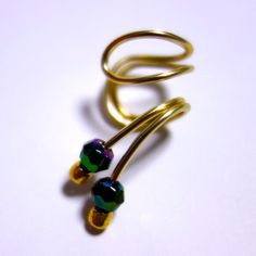 artwire ear cuff 〜deep green〜|イヤーカフ|ハンドメイド通販・販売のCreema