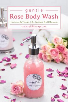See how to make DIY rose body wash suitable for dry and sensitive skin. The tutorial shows how to make natural body wash without castile soap. Diy Body Wash, Homemade Body Wash, Natural Body Wash, Best Body Wash, Diy Shampoo, Shampoo Bar, Body Cleanser, Homemade Shower Gel, Soaps