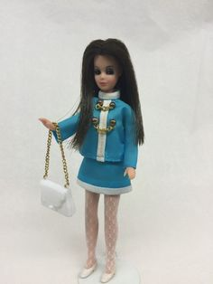 Topper Dawn Doll Angie/P10 Wearing Chain Er Up Blue With Stockings