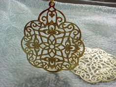 Exotic Gold-tone Earrings Belly Dancer Fashion Pierced Lightweight Openwork~ seller; florasgarden on ebay