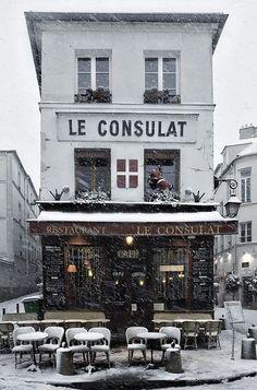 Le Consulat, Paris #snow #winter #cafe