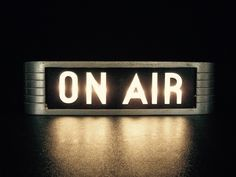 "Teen Music Studio Vintage ""On Air"" Sign Teen Music Studio Vintage 1940 ""On Air"" Zeichen On Air Sign, Air Signs, Radios, Teen Music, On Air Radio, Sala Vintage, Vintage Style, Vintage Music, Lee Jordan"