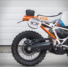 BMW Motorrad have presented Concept Lac Rose, a modern interpretation of an iconic rally bike, the BMW GS motorcycle that was taken by Gaston Rahier over the finish line to win the legendary 1985 Paris-Dakar rally. The bike is inspired by BMW desert