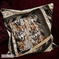 Grupart.pl - Poducha Wilki w Lesie - Wnętrze - Poduszki i narzuty #poduszka #handmade #grupart