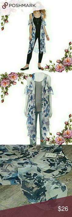 MAKE AN OFFER ;) Cold shoulder kimono. Add a trendy touch to your look with the cold-shoulder styling. PRODUCT FEATURES : floral design; cold-shoulder; styling; semi-sheer fabric. Different color print of this item available in separate listing in my closet. Check it out ;) Mudd Tops
