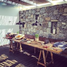 Breakfast in greece #mykonos #naturalmaterialsonly #interiordesign #26degrees