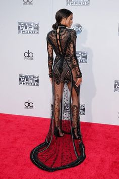 Ciara wearing Reem Acra at the 2015 American Music Awards in Los Angeles Runway Fashion, High Fashion, Fashion Show, Fashion Outfits, Fashion Tips, Fashion Design, Hollywood Fashion, Fashion Ideas, Outfits Inspiration