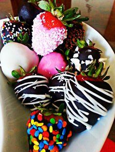 Fresas con chocolate #fruta # fruristeria
