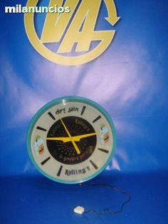. Reloj luminoso DRY GIN funciona medidas 48 cm x 48 cm x 15 cm de profundo Reloj luminoso DRY GIN funciona medidas 48 cm x 48 cm X 15 cm de profundo, funciona pero la bombilla interior que da la luminosidad esta fundida, el reloj funciona-decorativo  Co