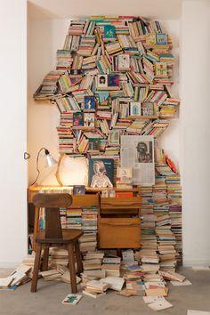 "Creative ""human face"" book shelf. http://www.bookcoverideas.com"