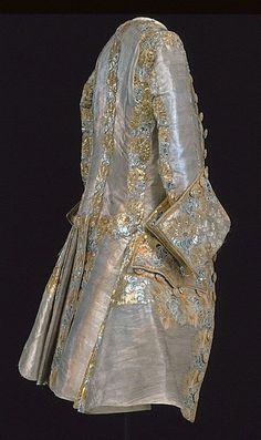Wedding frock coat of King Gustav III of Sweden, 18th Century Dress, 18th Century Costume, 18th Century Clothing, 18th Century Fashion, Historical Costume, Historical Clothing, Mode Renaissance, Rococo Fashion, Gothic Fashion