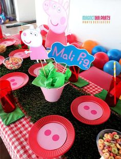 Peppa Pig is actually a British toddler computer animated telly string generated by Astley Chef Trolls Birthday Party, Pig Birthday, 3rd Birthday Parties, Birthday Party Decorations, Peppa Pig Balloons, Cumple Peppa Pig, Ideas Party, Peppa Pig Party Ideas, Diy Party