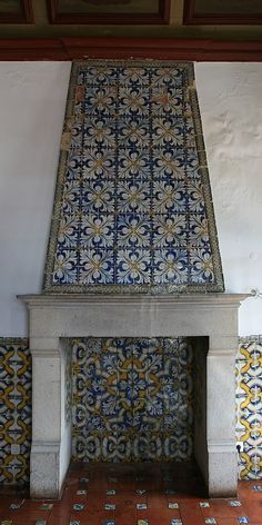 STONE MANTELPIECE | Old Portuguese Stuff