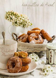 Silencio, se cuece. Doughnut, Coco, Desserts, Tailgate Desserts, Deserts, Postres, Dessert, Plated Desserts