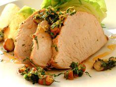 Helstekt kalkunfilet med hjemmelaget potetmos Tacos, Pork, Turkey, Meat, Ethnic Recipes, Comfort Foods, Kale Stir Fry, Turkey Country, Pigs
