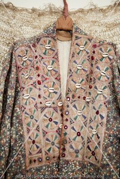 Taverne Agency - - Barbara Fabrics Hippie Chic Fashion, Bohemian Style, Fashion Beauty, Fabrics, Vest, Lifestyle, How To Wear, Jackets, Style