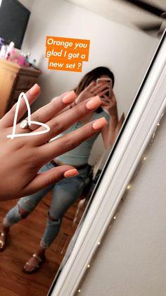 Dnd gel polish in sweet apricot acrylic nails square shape acrylic nail set, cute acrylic Peach Acrylic Nails, Acrylic Nails Stiletto, Acrylic Nail Set, Short Square Acrylic Nails, Peach Nails, Cute Acrylic Nails, Dnd Gel Polish, Gel Polish Colors, Aycrlic Nails
