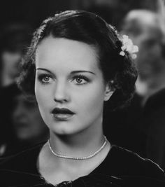 Rochelle Elizabeth Hudson March 6 1916 January 17 1972 was an American film actress from the through the Hudson was a WAMPAS Baby Star in 1 Hollywood Waves, Old Hollywood Glamour, Vintage Glamour, Vintage Hollywood, Classic Hollywood, Rochelle Hudson, Luise Rainer, Kay Francis, Pre Code