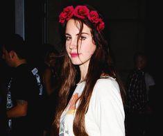 Lana Del Rey aka the light of my life | via Tumblr
