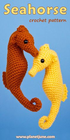 Crochet a beautiful realistically-shaped Seahorse! This PlanetJune pattern is crocheted all in one piece (apart from the fins) and includes detailed step-by-step instructions and photos. Kawaii Crochet, Cute Crochet, Crochet Toys, Crochet Animal Patterns, Stuffed Animal Patterns, Amigurumi Patterns, Loom Animals, Knitted Animals, Crochet Sea Creatures