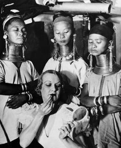 UNITED STATES - APRIL 22:  Young Girls Of The Bermuda Islands Learning To Put Make Upwhen They Arrived In New York Where They Will Be Exhibited In Circuses, April 22, 1933.  (Photo by Keystone-France/Gamma-Keystone via Getty Images)