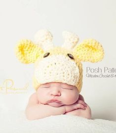 This adorable crochet giraffe hat pattern is perfect for babies, kids, and adults. It's cute for everyday wear, and makes a fabulous photo prop!