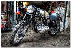 Royal Enfield Bullet Cafe Racer ~ Return of the Cafe Racers < repinned by www.BlickeDeeler.de | Follow us on www.facebook.com/blickedeeler