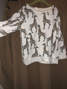 101a64ac3380 Zara GIRLS off white ethnic print giraffe sweatshirt top 9/10 #ZaraKIDS  #Everyday