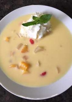 Greek fruit soup Girán's Julcsi recipe - Gastronomy and Culinary Fruit Soup, Eat Pray Love, Greek Recipes, No Cook Meals, Cheeseburger Chowder, Healthy Life, Cake Recipes, Food Porn, Food And Drink