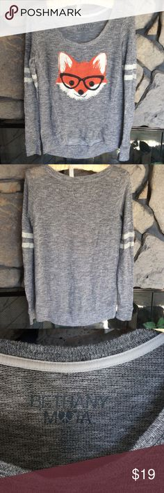Jr. Gray Sweater with Fox Gray light weight sweater with red fox head (with glasses!) on front. Very cute,  hard to see sz. It's written under Bethany Mota.  Quite sure it's a small. Looks like it can fit Jr. S/M.  Great condition worn just couple times. Smoke free home. Bethany Mota Sweaters Crew & Scoop Necks