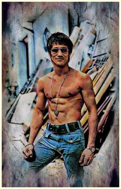 Creative photo editing of Bruce Lee Bruce Lee Art, Bruce Lee Martial Arts, Bruce Lee Photos, Abs Boys, Foto Art, Creative Photos, Classic Films, Kung Fu, Chinese Art