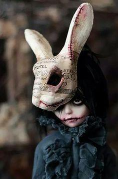 bjd, gothic, and black image Creepy Art, Creepy Dolls, Scary, Ooak Dolls, Art Dolls, Art Sinistre, Character Art, Character Design, Arte Obscura