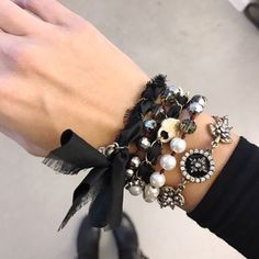 Souviens Convertible Multi-Wrap Bracelet, now available from Chloe + Isabel. This romantic style features black taffeta with a slightly frayed edge roped Jewelry Art, Jewelry Bracelets, Fashion Jewelry, Tarnished Jewelry, Chloe Isabel, Convertible, Old World, Jewelry Making, Charmed
