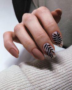 Semi-permanent varnish, false nails, patches: which manicure to choose? - My Nails Fun Nails, Pretty Nails, Nail Art Designs, Nailart, City Nails, Stylish Nails, Perfect Nails, Matte Nails, Acrylic Nails