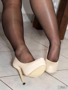 27 Best Nylons and Heels images in 2019 | Tights, Nylon ...