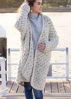 Coastal Fog Chunky Cardigan – Crochet Pattern